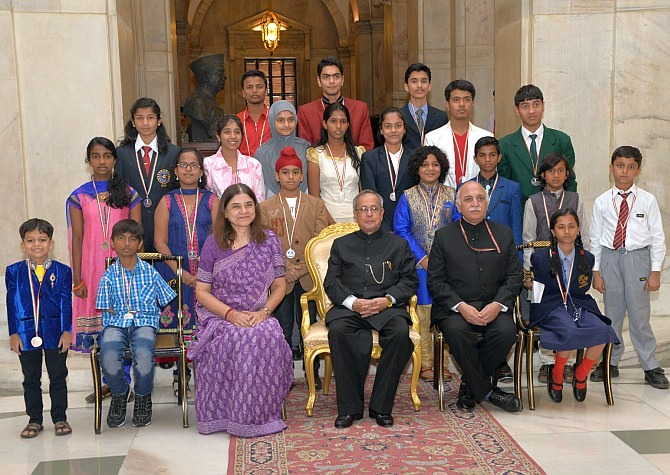 Pranab Presents National Child Award to 20 Children